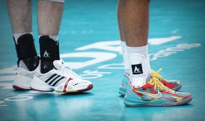 lightweight volleyball shoes