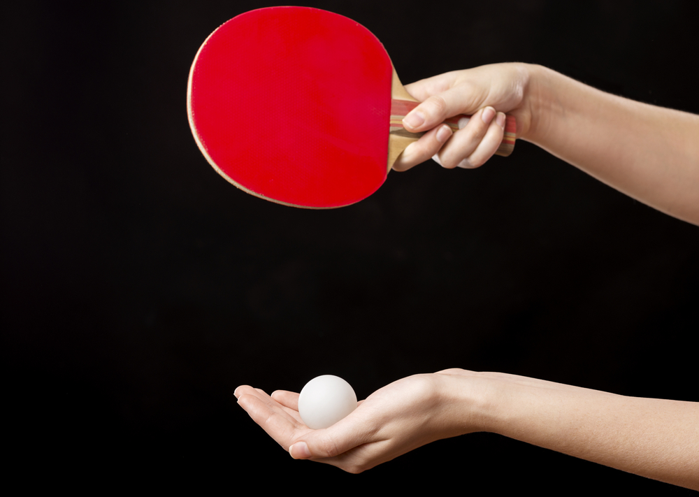 the deep shakehand grip in ping pong