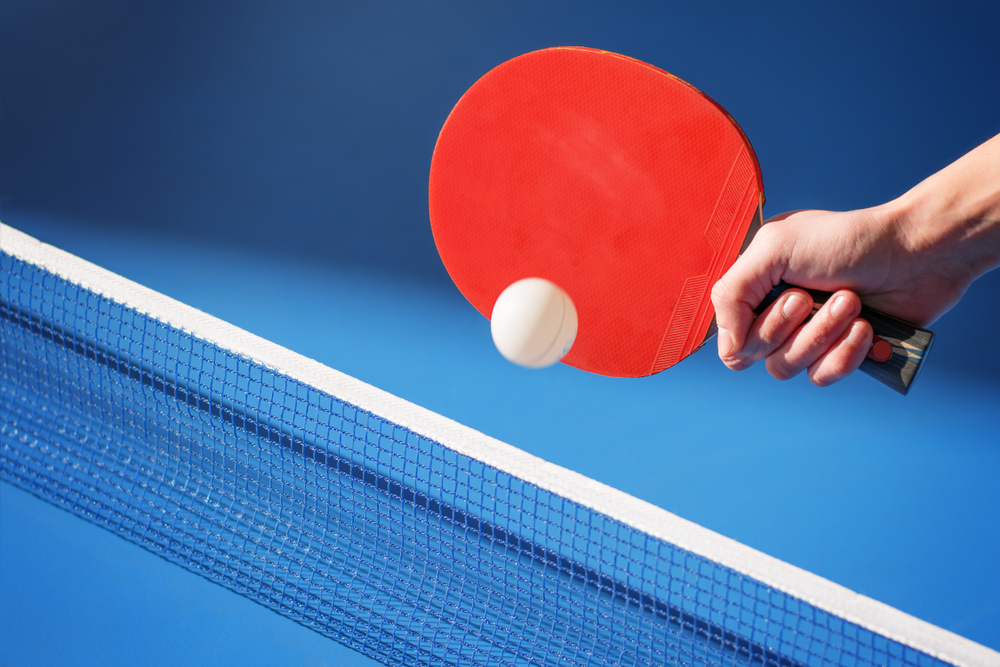 the shallow shakehand grip in ping pong